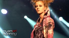 Défilé de mode h.NAOTO (été 2011)